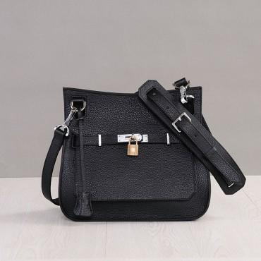 Rosaire Sac à main porté épaule en cuir Noir 76200