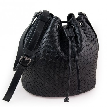 Delderci® « Lucrezia » Intrecciato Lambskin Leather Bucket Bag with Drawstring Closure in Black Color 88102